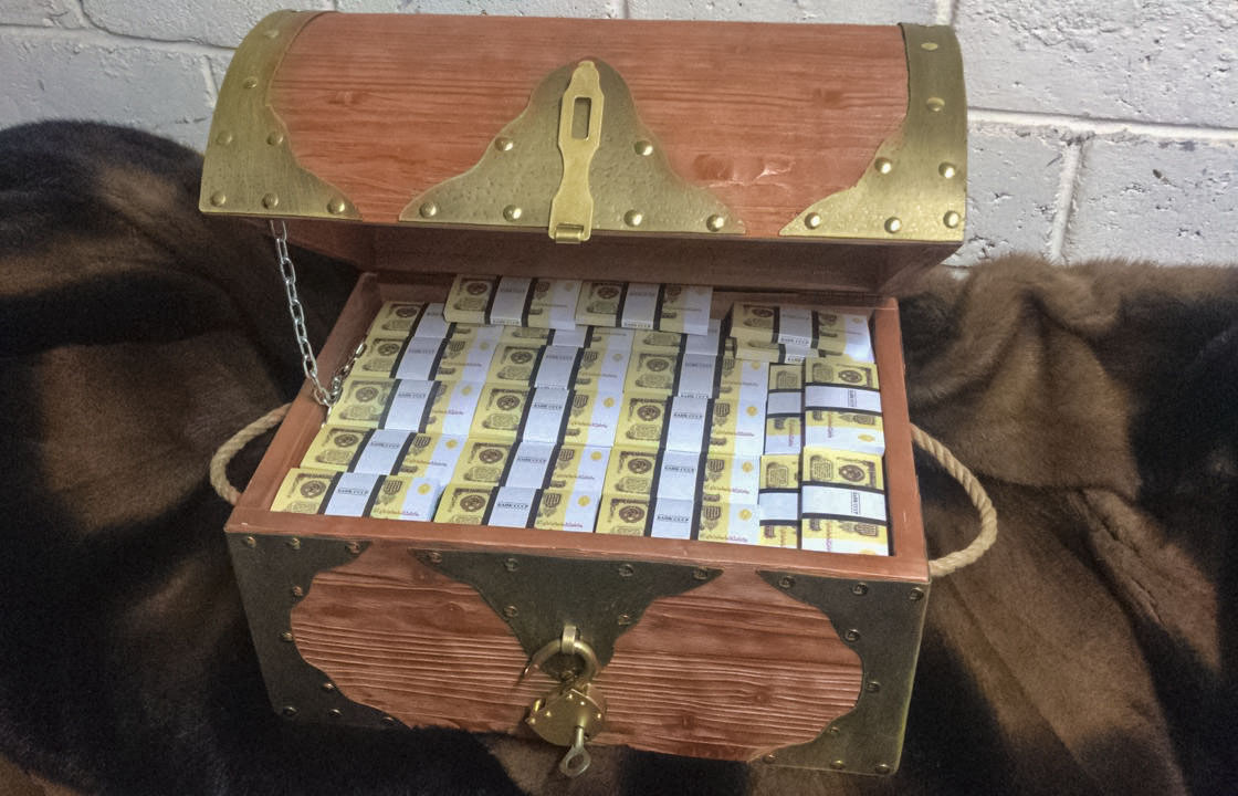 1 USSR rubles Prop Money Pirate Chest