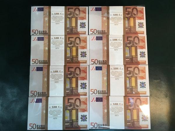 500 packs de faux billets de 50 euros