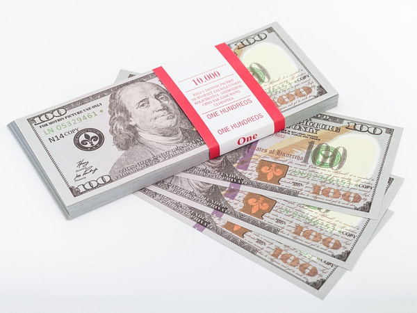 100 dollar américain (nouveaux) faux billets