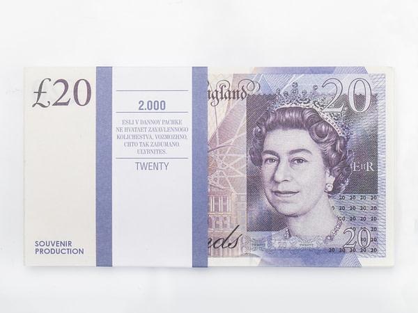 20 livres sterling faux billets