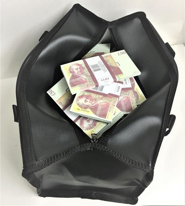 Sac d'argent 50 livres sterling (100 paquets)