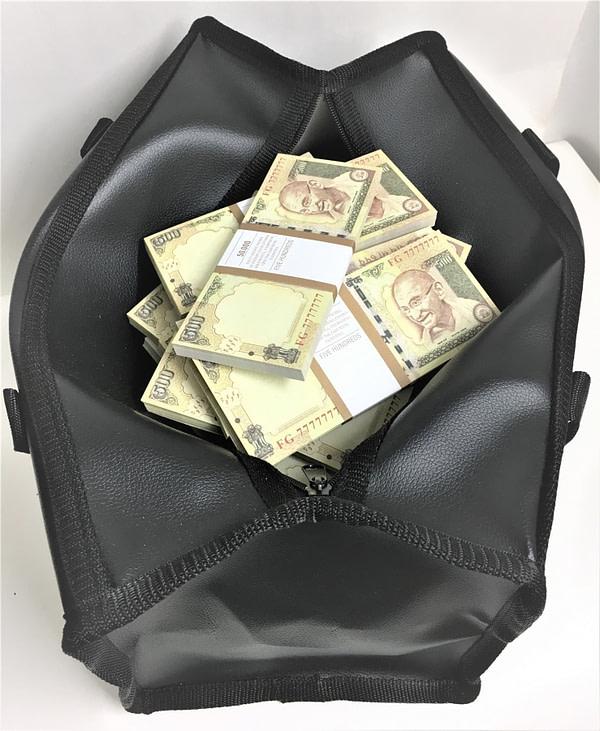 Sac d'argent 500 roupies indiennes (100 paquets)