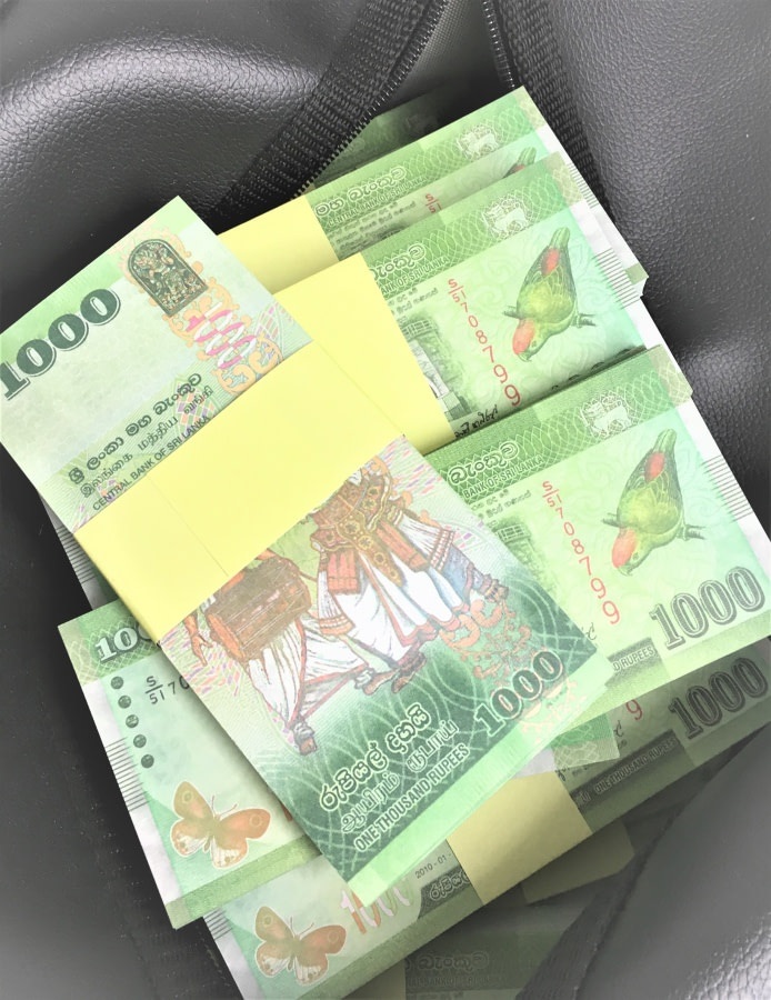 Sac d'argent 1000 roupies du Sri Lanka (100 paquets)