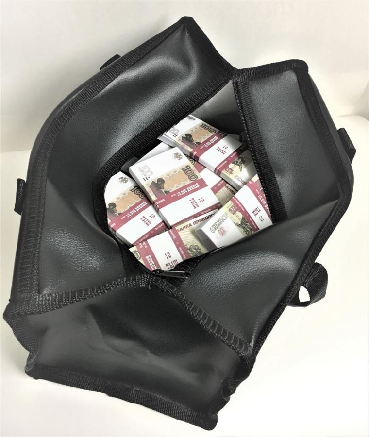 Sac d'argent 100 roubles russes (50 paquets)
