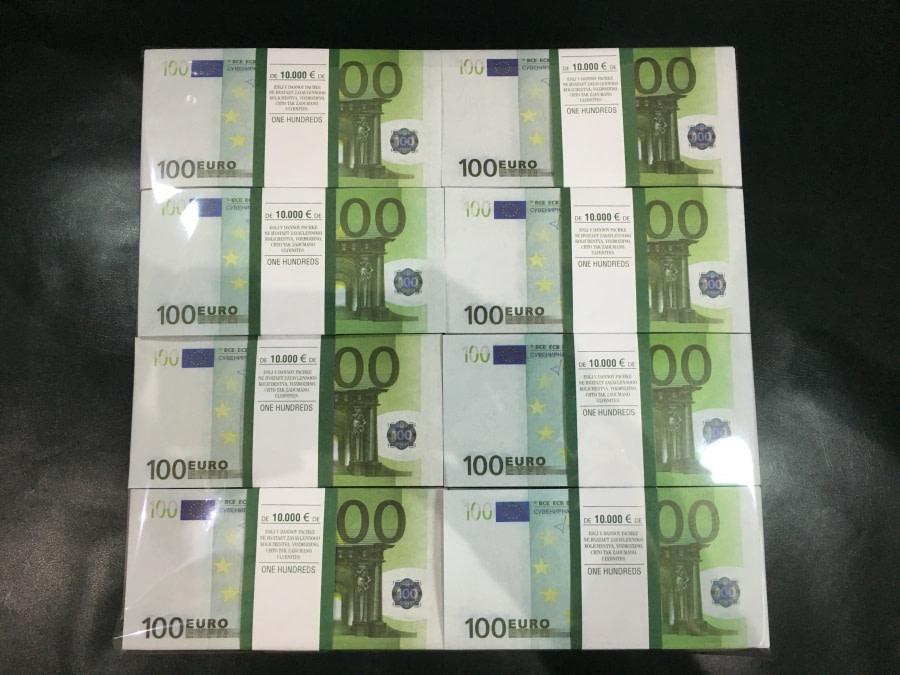500 packs de faux billets de 100 euros