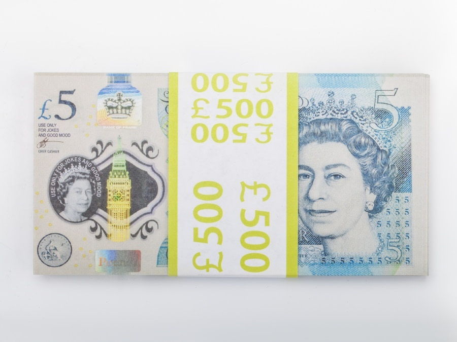 5 livres sterling faux billets